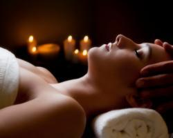 All-in-one natural facial and back massage deal image