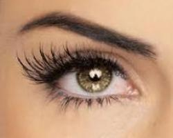 'Bulletproof Lashes' Eyelash extensions deal image
